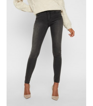 Jeans pitillo gris Vero Moda frontal