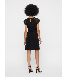 Vestido corto Alberta Vero Moda